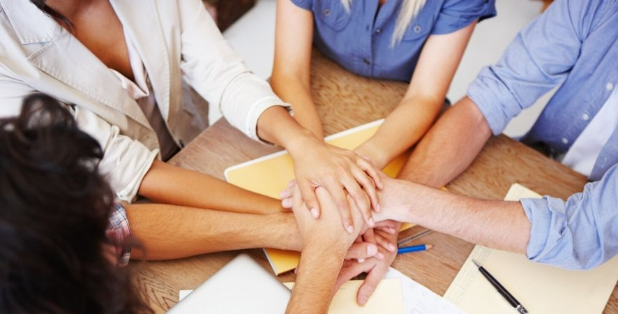 Of Team Building Benefits and Team Building Gifts